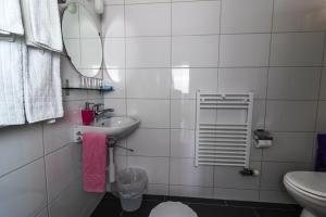 Ula's Holiday Apartments, Apartmanok  Beatenberg - big - 22