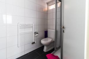 Ula's Holiday Apartments, Apartmanok  Beatenberg - big - 11