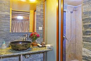 Lijiang Venice Lost Guest House, Vendégházak  Licsiang - big - 9