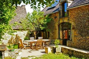 La Ferme du Pech, Отели типа «постель и завтрак»  Saint-Geniès - big - 20