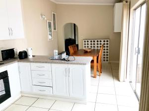 Entertainers Dream House, Guest houses  Johannesburg - big - 39