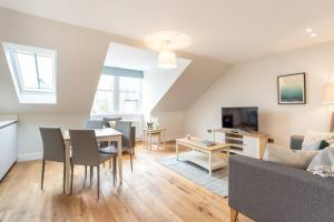 City Centre Apartment - Edinburgh