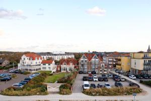 Hotel Noordzee, Hotels  Domburg - big - 18