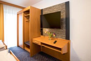 Hotel Restaurant Jägerhof, Hotels  Weisendorf - big - 2
