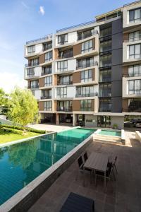 Mattani Suites, Апартаменты  Бангкок - big - 48