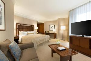 Shangri-La Hotel, Vancouver (21 of 76)