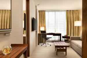 Shangri-La Hotel, Vancouver (26 of 76)