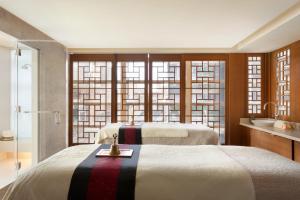 Shangri-La Hotel, Vancouver (8 of 84)