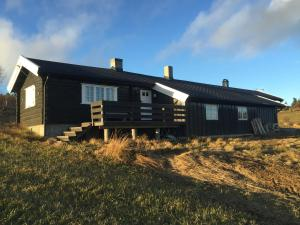 Lilleset Three-Bedroom Holiday home - Hotel - Gol