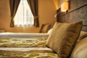 Hotel Honti, Отели  Вишеград - big - 38