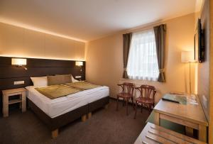 Hotel Honti, Отели  Вишеград - big - 20