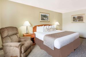 Ramada by Wyndham Ely, Hotels  Ely - big - 39