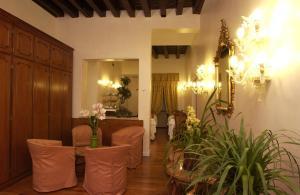 Hotel Locanda Canal - AbcAlberghi.com