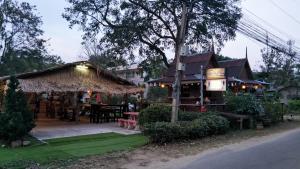 Tropical Hill Pool Villa, Dovolenkové domy  Hua Hin - big - 6