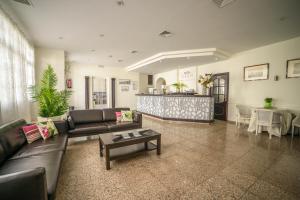 Hotel Oasis Familiar