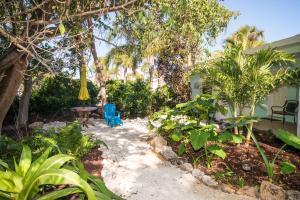 Haley's Couples Retreat, Motely  Holmes Beach - big - 57