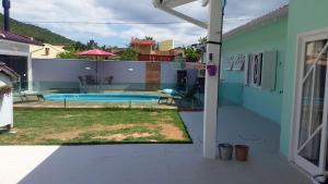 Casa à 200m da Praia Ponta das Canas