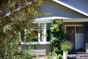 Pip's Orchard Bed & Breakfast