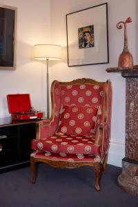 Hatherley Birrell Collection (7 of 33)