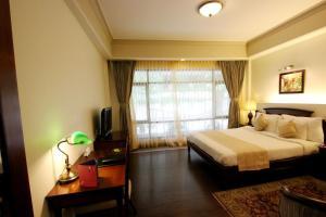 The Manu Maharani, Hotels  Nainital - big - 14