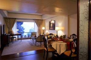 The Manu Maharani, Hotels  Nainital - big - 41