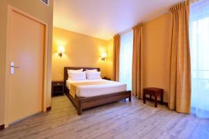 Hotel Capitole - Monte Carlo