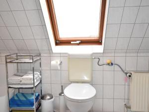 Cozy Apartment in Kropelin Germany near Sea, Apartmanok  Kröpelin - big - 18