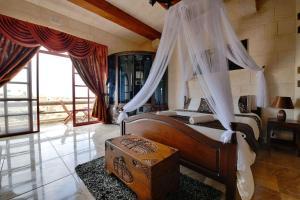 Ta Tumasa Farmhouse, Отели типа «постель и завтрак»  Надур - big - 38