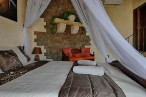Ta Tumasa Farmhouse, Отели типа «постель и завтрак»  Надур - big - 37