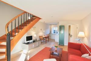 Ulenhof Appartements, Ferienwohnungen  Wenningstedt-Braderup - big - 99