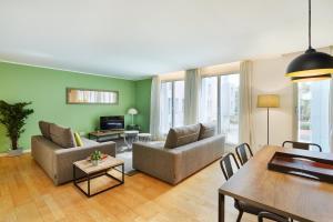 Urban District Apartments - Rambla Suites & Pool