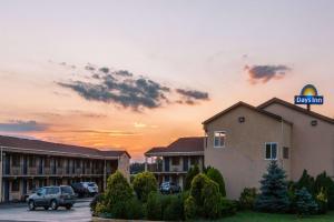 Days Inn by Wyndham Elkton Newark Area