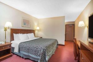 Days Inn by Wyndham Liberty, Hotely  Ferndale - big - 16