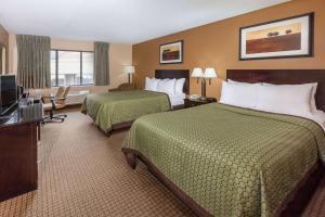 Days Inn & Suites by Wyndham Richfield, Hotel  Richfield - big - 39