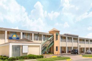 obrázek - Days Inn & Suites by Wyndham Wichita East