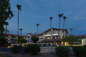 obrázek - Days Inn & Suites by Wyndham Tempe