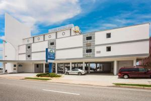 obrázek - Days Inn by Wyndham Ormond Beach Mainsail Oceanfront