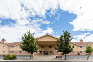 Days Inn Colorado Springs Airport