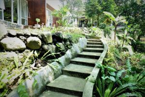 Villa Kendi, Комплексы для отдыха с коттеджами/бунгало  Kalibaru - big - 45