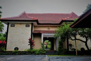 Villa Kendi, Комплексы для отдыха с коттеджами/бунгало  Kalibaru - big - 38