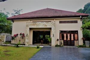 Villa Kendi, Комплексы для отдыха с коттеджами/бунгало  Kalibaru - big - 34