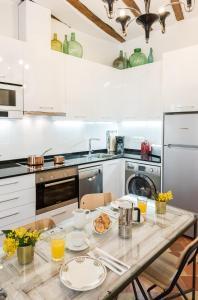 Prado Santa Ana 2BD/2BA, Appartamenti  Madrid - big - 33