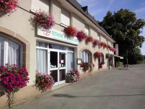 Hotel Restaurant La Grenouillère - Saint-M'hervé