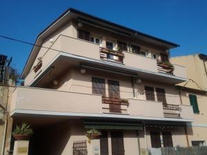 Residenza Porto Azzurro (Case di Magdala) - AbcAlberghi.com