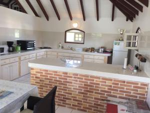 Villa kodo, Apartments  Les Mangles - big - 11