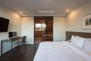 Brown-Dot Hotel Guseo, Hotels  Busan - big - 86