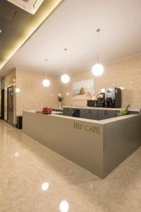 Brown-Dot Hotel Guseo, Hotel  Busan - big - 76