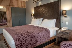 Hotel Ahdoos, Hotely - Srinagar