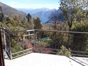 Una Terrazza sul Lago - AbcAlberghi.com