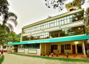 Auberges de jeunesse - surabhi tourist home